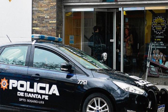 Photo of Se repiten las balaceras en la interna de los peones de taxis