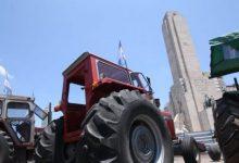 Photo of El Tractorazo contra las retenciones llegó al Monumento de la Bandera