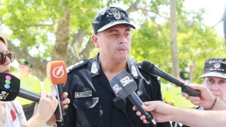 Photo of Sin contactos con las nuevas autoridades, renunció el jefe de la Policía de Rosario