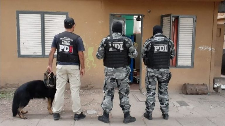 Photo of Rosario: secuestran cocaína en doble operativo antidroga en zona oeste: tres detenidos