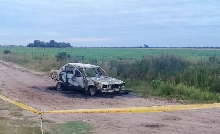 Photo of Encontraron a una mujer calcinada adentro de su auto