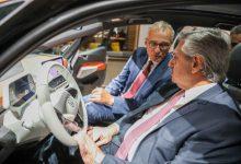 Photo of Inversión de U$S 800 millones en Argentina: El presidente se reunió con ejecutivos de Volkswagen