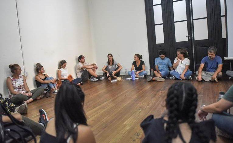 Photo of Se realizó en Santa Fe un encuentro de jóvenes para entrenamientos laborales