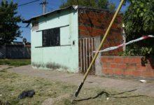 Photo of Nuevo crimen en Rosario: pasaron en un vehículo y asesinaron a un joven