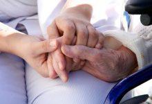 Photo of La imperiosa necesidad de que haya cuidadores de ancianos
