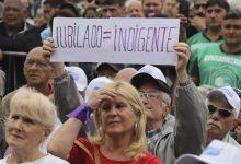 Photo of Rechazan amparo colectivo contra aumento de jubilaciones decretado por Fernández