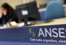Photo of Continúa el pago a jubilados, pensionados y beneficiarios de ANSES