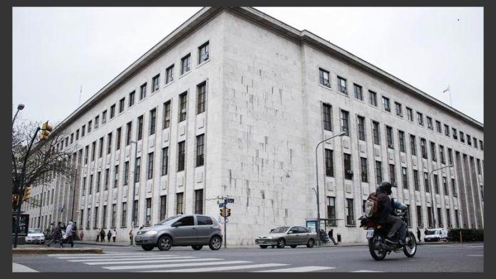 Photo of Cerraron un juzgado y aislaron al personal por un caso de COVID-19