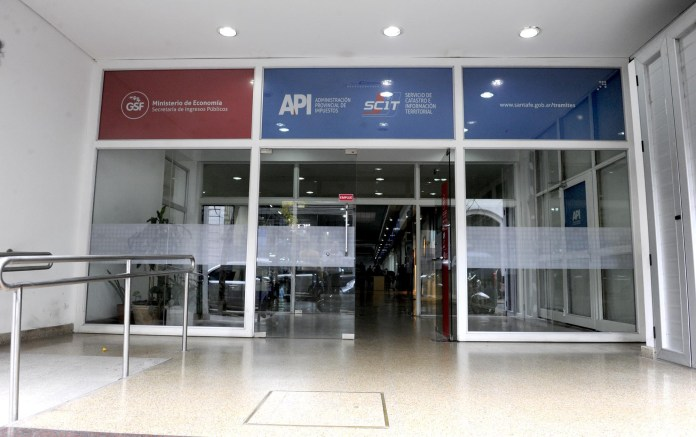 Photo of Cerraron API Rosario por un caso de COVID-19