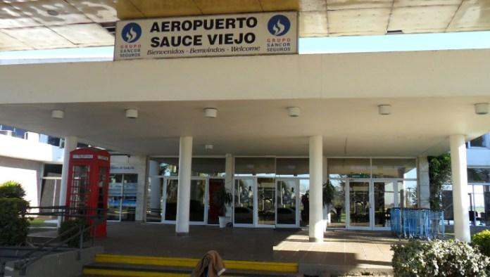 Photo of Mañana retoman los vuelos entre Santa Fe y Buenos Aires