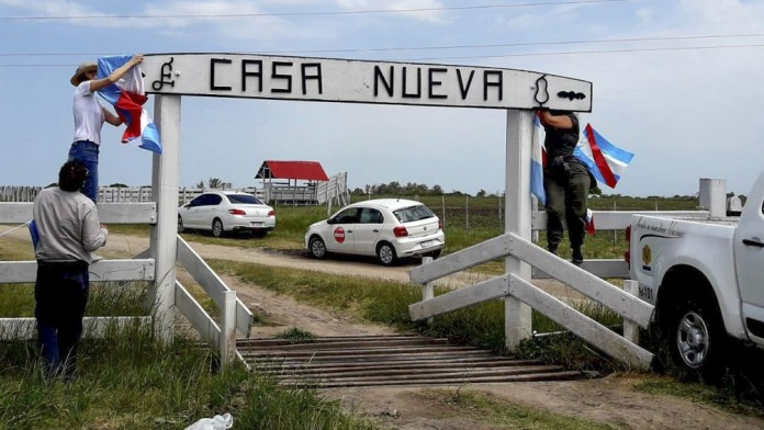 Photo of Los miembros del Proyecto Artigas dejaron el campo de los Etchevehere