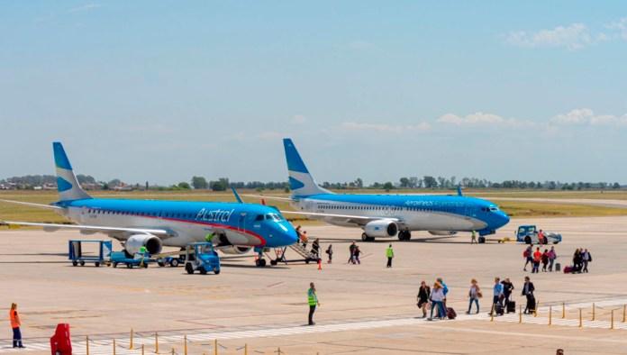 Photo of ¿Exigirán o no el hisopado negativo para quienes lleguen en avión a Santa Fe?