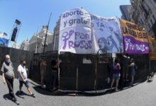 Photo of Comienzan las vigilias, pañuelazos, concentraciones, a favor y en contra del aborto legal