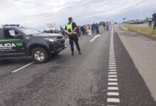 Photo of Los pescadores cortaron la autopista Santa Fe – Rosario por tercer día consecutivo