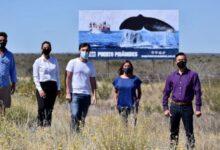 Photo of Un intendente inauguró un cartel en la ruta, recibió fuertes críticas pero defendió la medida