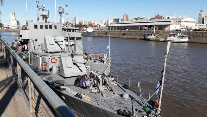 Photo of Arribaron los buques de la Armada que brindarán atención médica y social en Alto Verde