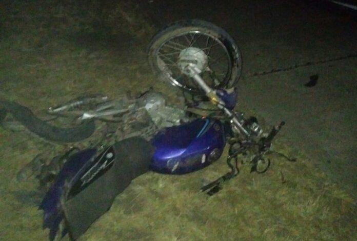 Photo of Un motociclista murió al chocar con un camión en la Ruta 1