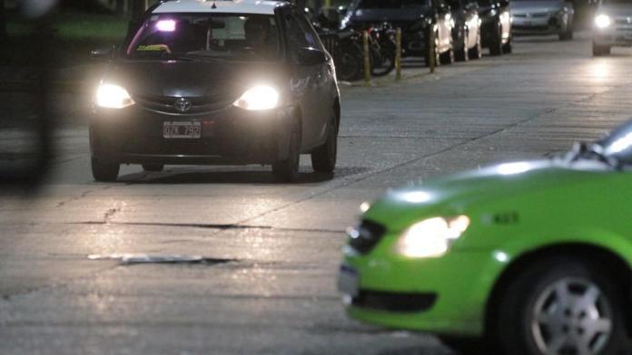 Photo of Los taxis y remises deberán reforzar el servicio nocturno